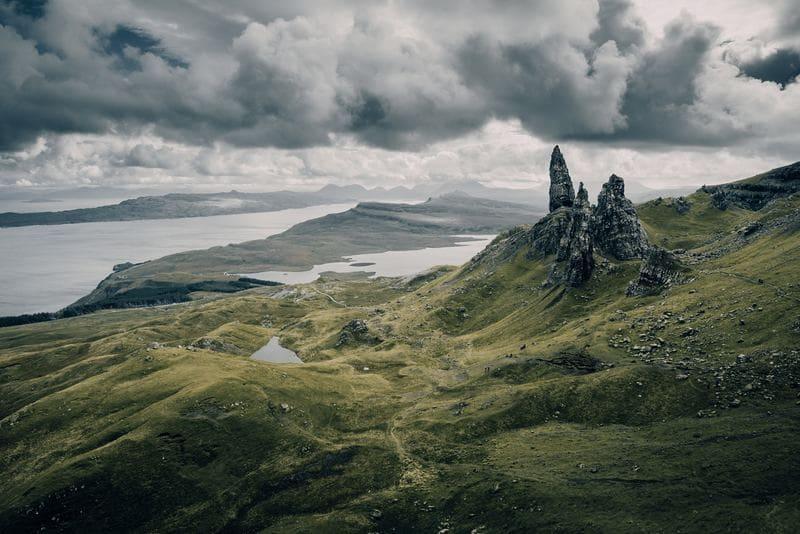 Escocia es un gran lugar para practicar el birding y ver paisajes impresionantes con tus prismáticos.