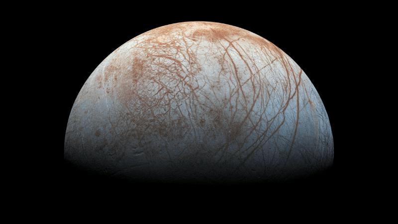 Europa es el más pequeño de los 4 satélites galileanos de Júpiter.