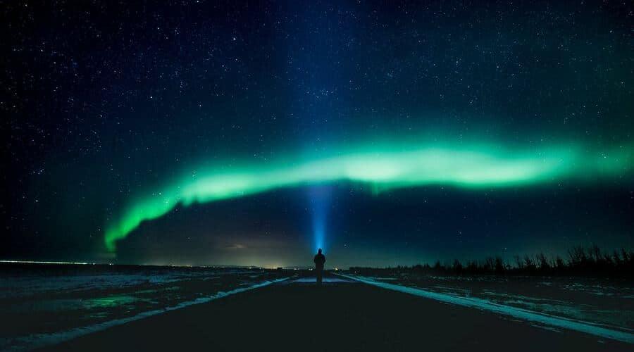 Para saber cómo ver una aurora boreal tienes que seguir estos consejos.