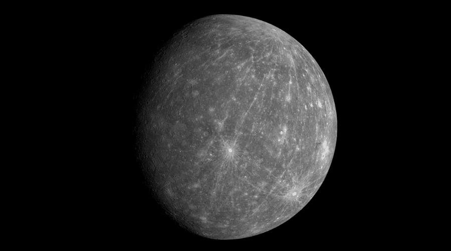 Mercurio es el planeta que está más cerca del Sol.