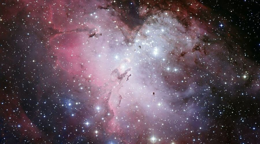 La nebulosa del Águila y el cúmulo estelar NGC 6611.